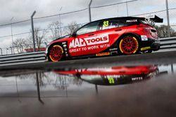 Adam Morgan, Ciceley Motorsport with Mac Tools Mercedes Benz A-Classt