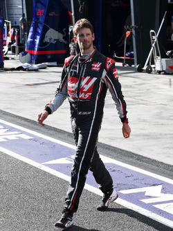 Race retiree Romain Grosjean, Haas F1