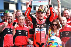 Race winner Chaz Davies, Aruba.it Racing-Ducati SBK Team