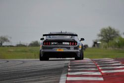 PF Racing Ford Mustang GT4: Jade Buford, Scott Maxwell