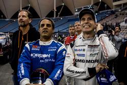 Juan Pablo Montoya del Team Latin America e Timo Bernhard del Team Germany