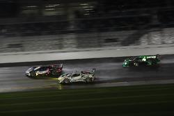 #66 Chip Ganassi Racing Ford GT, GTLM: Dirk Müller, Joey Hand, Sébastien Bourdais, #63 Scuderia Cors
