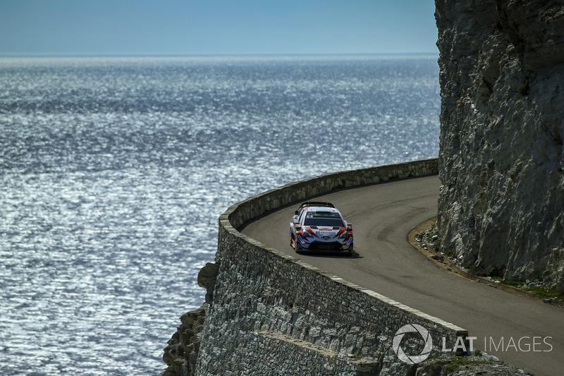 Отт Тянак и Мартин Ярвеоя, Toyota Gazoo Racing WRT Toyota Yaris WRC