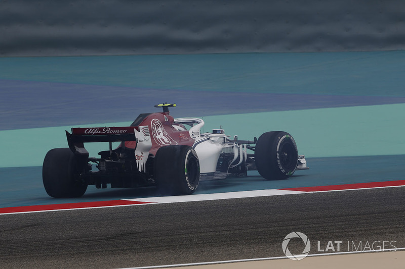 Charles Leclerc, Sauber C37 melintir