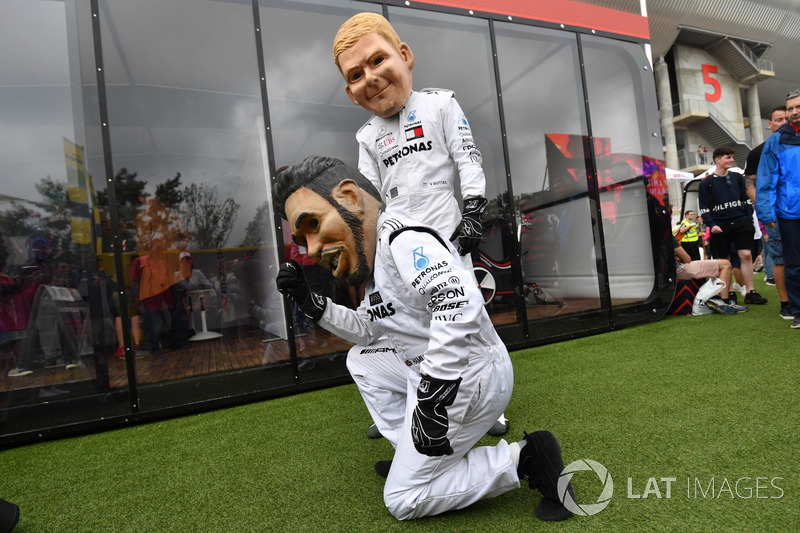 Lewis Hamilton, Mercedes-AMG F1 caricature and Valtteri Bottas, Mercedes-AMG F1 caricature