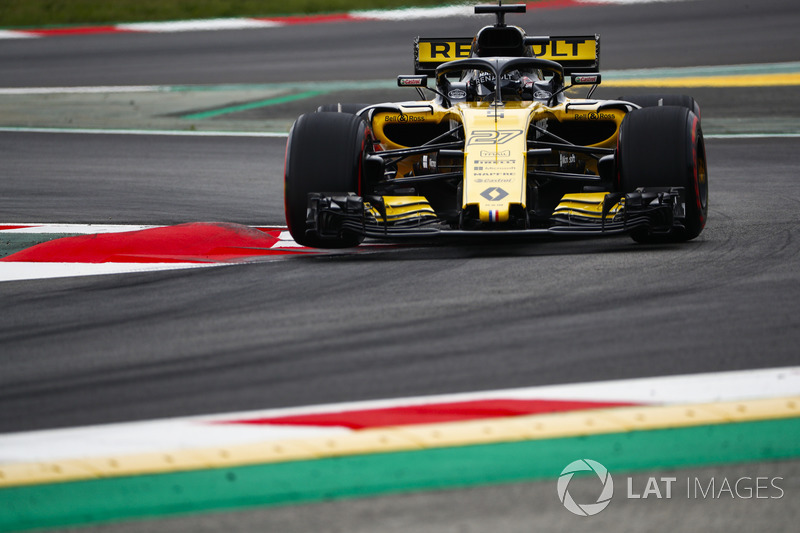Нико Хюлькенберг впервые за 59 Гран При не смог пройти во вторую часть квалификации. Последний раз такое случалось с ним на Гран При Испании-2015