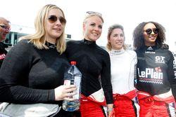 #201 KTM X-Bow GT4: Naomi Schiff, Laura Kraihamer, Lena Strycek, Rahel Frey
