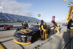 Brendan Gaughan, Richard Childress Racing Chevrolet pit stop