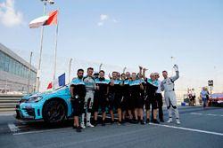 2017 TCR International şampiyonu Jean-Karl Vernay, Leopard Racing Team WRT
