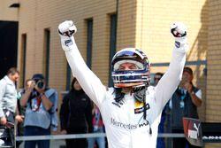 Race winner Edoardo Mortara, Mercedes-AMG Team HWA
