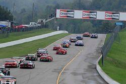 #50 Team Panoz Racing Panoz Avezzano GT4: Ian James, #1 Blackdog Speed Shop Chevrolet Camaro GT4: Lawson Aschenbach