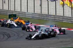 Lance Stroll, Williams FW41 Mercedes, leads Sergio Perez, Force India VJM11 Mercedes, Esteban Ocon, Force India VJM11 Mercedes, Sergey Sirotkin, Williams FW41 Mercedes, and Stoffel Vandoorne, McLaren MCL33 Renault