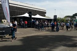 Lo stand Panasonic Jaguar Racing nell'eVillage