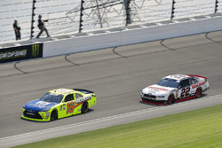 Brandon Jones, Joe Gibbs Racing, Toyota Camry Toyota Menards Jeld-Wen, Paul Menard, Team Penske, Ford Mustang Discount Tire