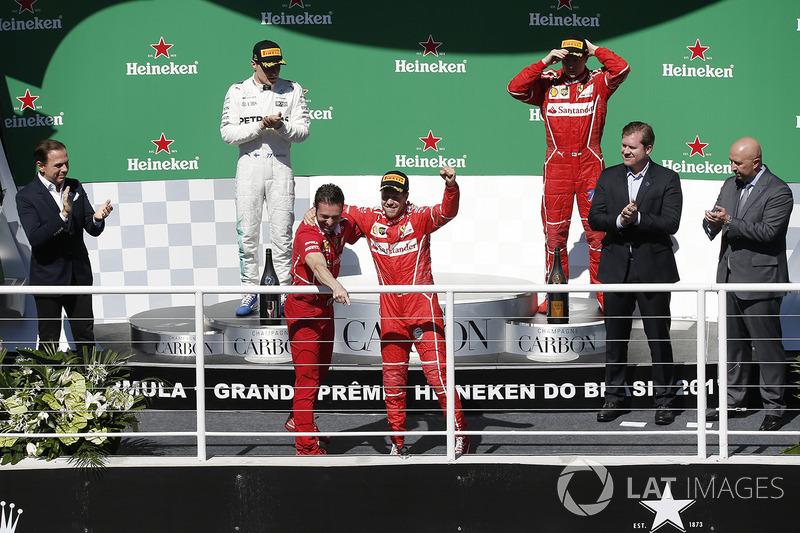 Podyum: Yarış galibi Sebastian Vettel, Ferrari ve G. Vietina, Ferrari