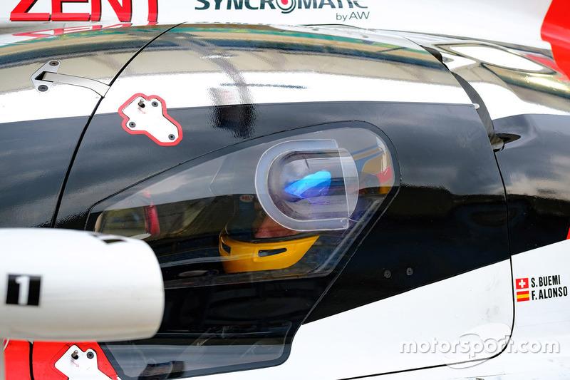 Tras confirmarse su fichaje por Toyota para el WEC 2018/2019, su primera experiencia a los mandos del TS050 Hybrid fue en Aragón, en un test del equipo en Motorland