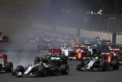 Nico Rosberg, Mercedes F1 W07 Hybrid, Nico Hulkenberg, Force India VJM09 Mercedes, Max Verstappen, R