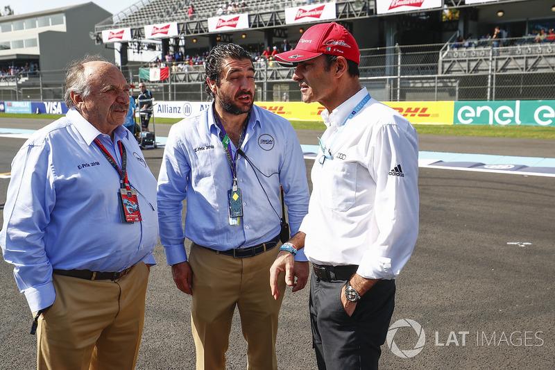 José Abed, vicepresidente mundial de la Federación Internacional de Automovilismo y su hijo José Abed