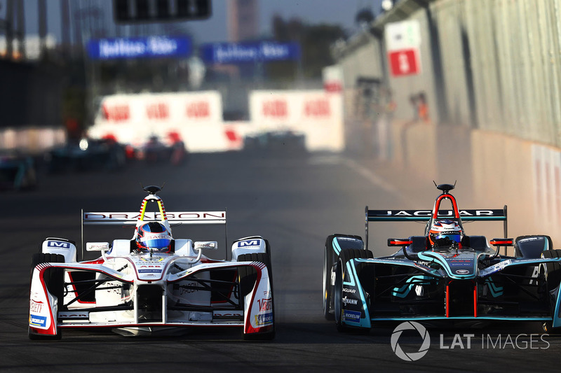 Nick Heidfeld, Mahindra Racing, battles with Mitch Evans, Jaguar Racing