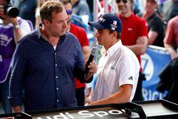 Патрик Саймон и гонщик Audi Sport Team BWT Mücke Motorsport Нико Мюллер