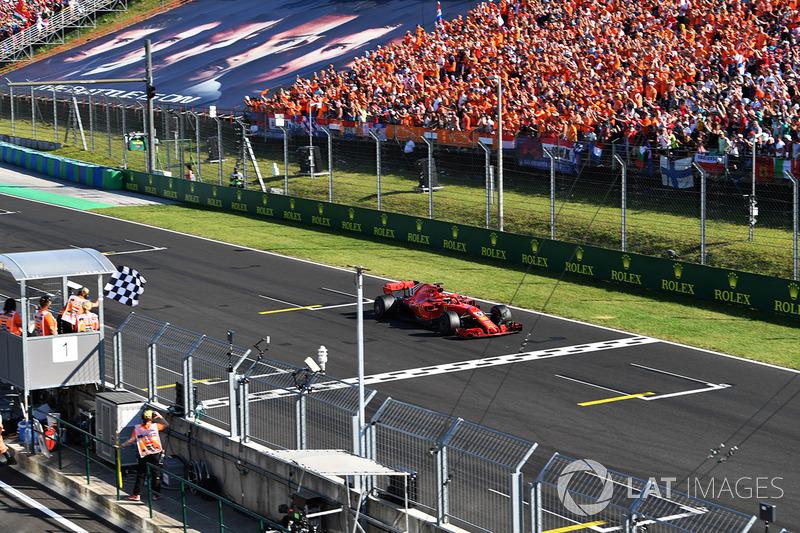 Sebastian Vettel, Ferrari SF71H bandera a cuadros