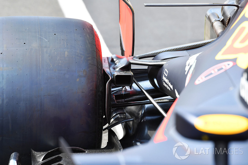 Red Bull Racing RB14 rear brake duct detail
