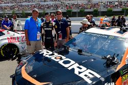 Kasey Kahne, Leavine Family Racing, Chevrolet Camaro Procore meet and greet