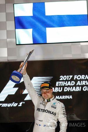 Podium : le vainqueur Valtteri Bottas, Mercedes AMG F1
