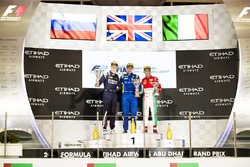 Podium : le vainqueur Oliver Rowland, DAMS (disqualifié), le deuxième Artem Markelov, RUSSIAN TIME, le troisième Antonio Fuoco, PREMA Powerteam (disqualifié)