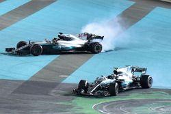 Победитель Валттери Боттас, второе место – Льюис Хэмилтон, Mercedes AMG F1 W08