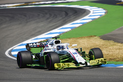 Lance Stroll, Williams FW41, with a large amount of Flo-viz paint applied