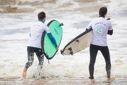 Mitch Evans, Jaguar Racing, Nelson Piquet Jr., Jaguar Racing, trata de surfear