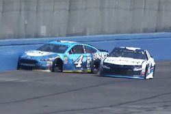 Crash: Kevin Harvick, Stewart-Haas Racing Ford (Screenshot)