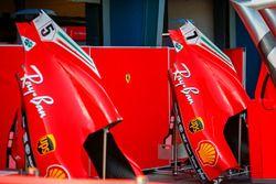 Motor kapağı, Sebastian Vettel, Ferrari ve Kimi Raikkonen, Ferrari