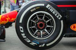 Pneumatico Pirelli, dettaglio