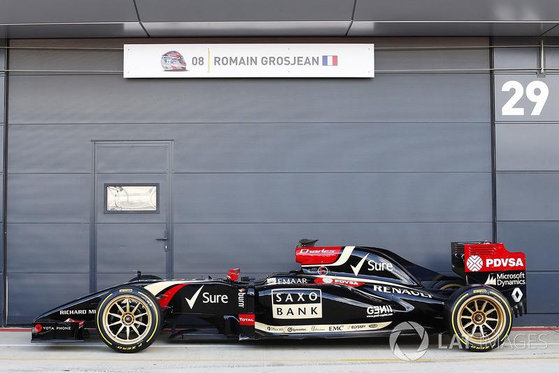 El Lotus E22 con ruedas de 18 pulgadas