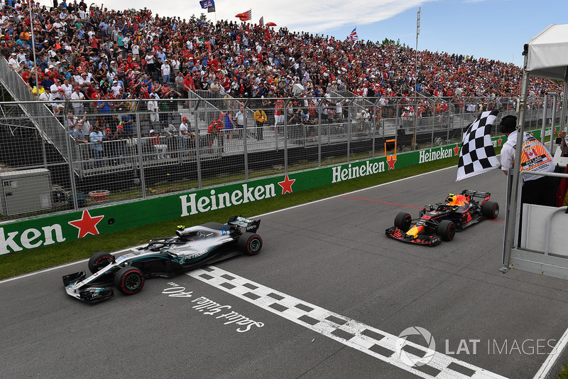 Valtteri Bottas, Mercedes-AMG F1 W09 en Max Verstappen, Red Bull Racing RB14
