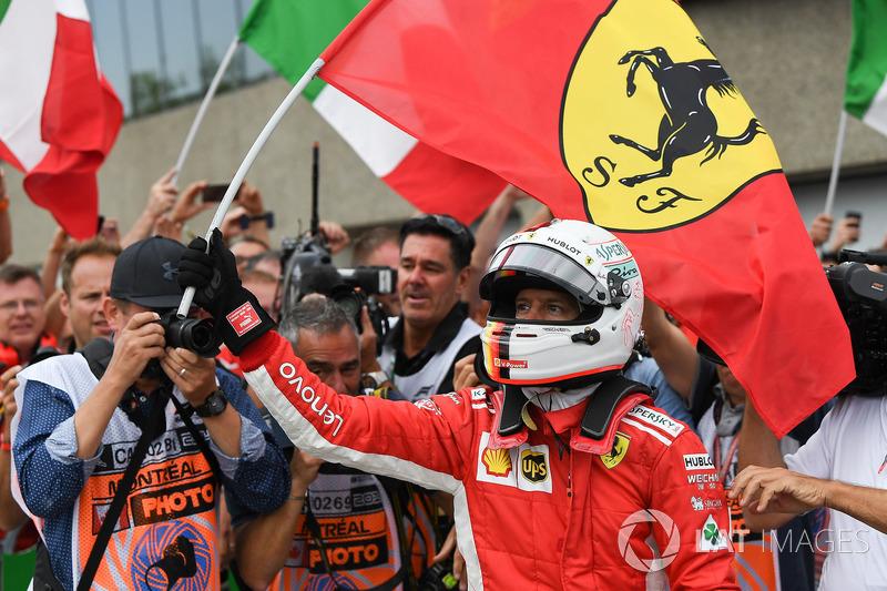 El ganador del GP de Canadá, Sebastian Vettel, Ferrari celebra en parc ferme