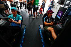 Oliver Turvey, NIO Formula E Team, Nicolas Prost, Renault e.Dams