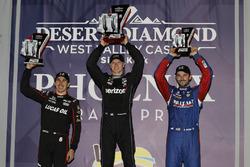 Tweede plaats Robert Wickens, Schmidt Peterson Motorsports Honda, winnaar Josef Newgarden, Team Pens