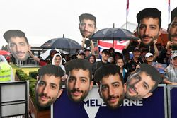 Daniel Ricciardo, Red Bull Racing fanáticos con máscaras