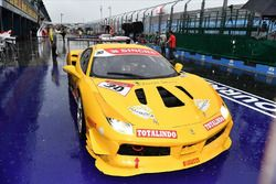 Rama Danindro, Ferrari 488 Challenge