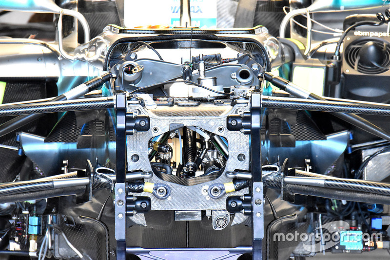 Mercedes AMG F1 W09 chasis frontal