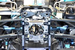 Mercedes AMG F1 W09 dentro del chasis