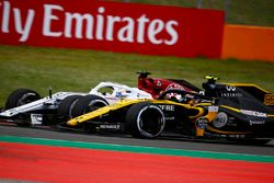 Карлос Сайнс, Renault Sport F1 Team RS18, и Маркус Эрикссон, Alfa Romeo Sauber C37
