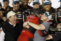 Race winner Austin Dillon, Richard Childress Racing Chevrolet Camaro with his brother Ty Dillon, Ger