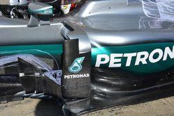 Le déflecteur vertical de la Mercedes AMG F1 W07 Hybrid