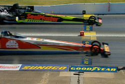 Top Fuel finish line