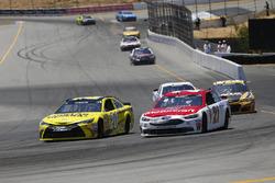 Matt Kenseth, Joe Gibbs Racing Toyota, Ryan Blaney, Wood Brothers Racing Ford