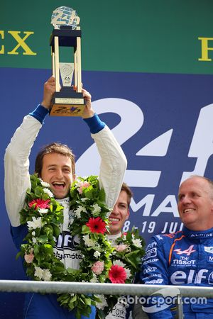 LMP2 podium: ganadores de la clase #36 Signatech Alpine A460: Stéphane Richelmi